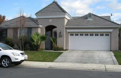 390 Lanfranco Cir, Sacramento, CA 95835